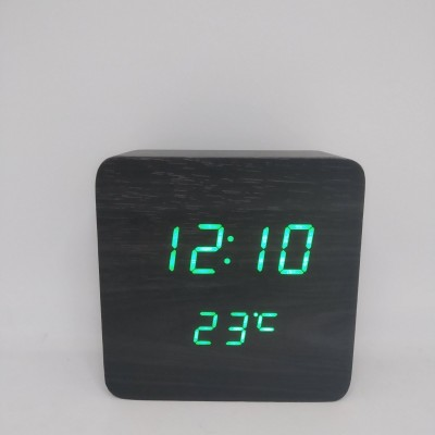 Настольные деревянные Часы VST 872 Чёрные (зеленая подсветка)